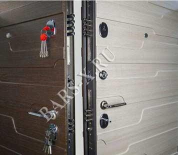 квартирные двери с замками врезными