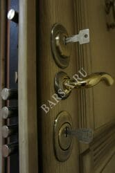 замена замков личинки установка брони на замок входной квартирной двери