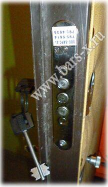 в металлической двери заменить замок самили просам