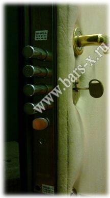 замена дверных замков с частичным разбором двери